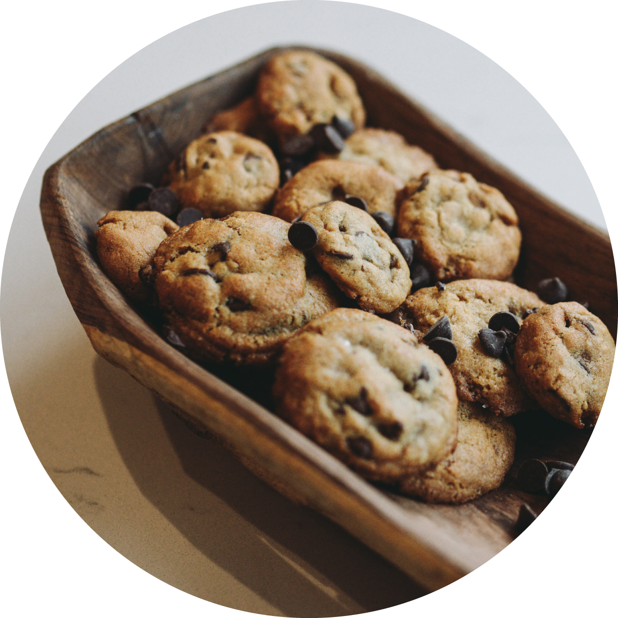 cookies-in-tray-circle